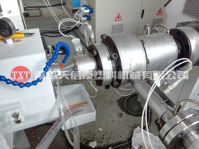 PERT地暖管设备